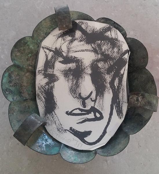 Early Israel Bowl Self-portrait, mixed media, 20 x 20 x 6 cm, 2019, Heddy AbramowBowlitz